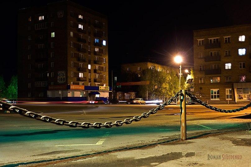 Старая площадь ночью